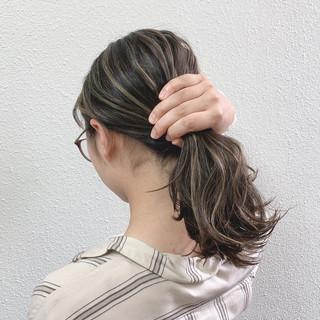 ハイライト グレージュ ミルクティー セミロング ヘアスタイルや髪型の写真・画像