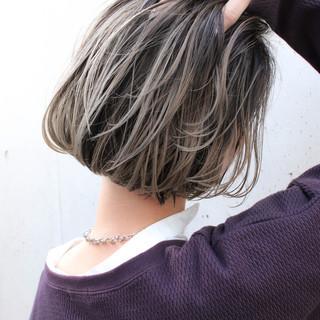 ハイライト 外国人風カラー ベージュ アンニュイほつれヘア ヘアスタイルや髪型の写真・画像