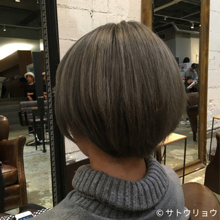 外国人風 ショート 外国人風カラー グレージュ ヘアスタイルや髪型の写真・画像 ヘアスタイルや髪型の写真・画像
