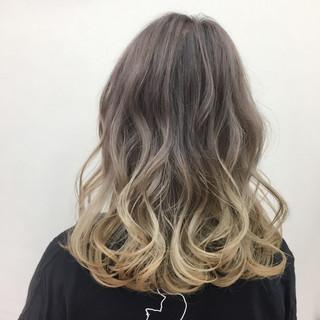 モード グラデーションカラー ハイトーン ミディアム ヘアスタイルや髪型の写真・画像