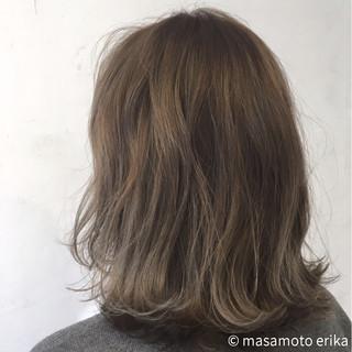 ボブ グラデーションカラー ウェーブ ナチュラル ヘアスタイルや髪型の写真・画像 ヘアスタイルや髪型の写真・画像