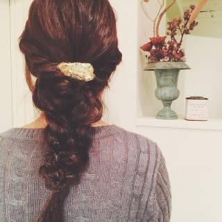 ロング パーティ ガーリー 三つ編み ヘアスタイルや髪型の写真・画像