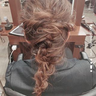 ヘアアレンジ ミディアム フェミニン 結婚式ヘアアレンジ ヘアスタイルや髪型の写真・画像