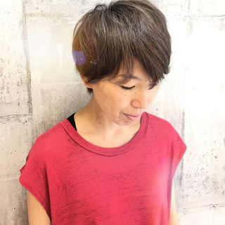 外国人風カラー パープル ダブルカラー モード ヘアスタイルや髪型の写真・画像