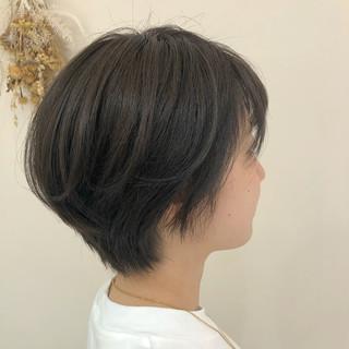 大人ショート ベージュ ショートヘア ショートボブ ヘアスタイルや髪型の写真・画像