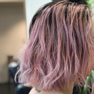 ピンク ストリート グラデーションカラー ボブ ヘアスタイルや髪型の写真・画像