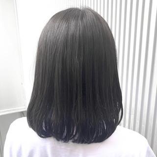 前髪 ナチュラル ミディアム アッシュ ヘアスタイルや髪型の写真・画像