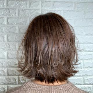 波ウェーブ 韓国ヘア 外ハネ 切りっぱなしボブ ヘアスタイルや髪型の写真・画像