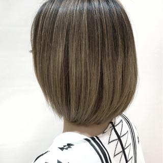 ハイライト ボブ アッシュ 色気 ヘアスタイルや髪型の写真・画像