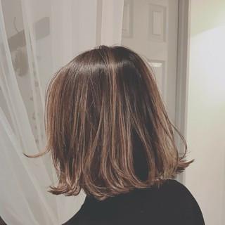 切りっぱなし 大人かわいい 外国人風カラー エレガント ヘアスタイルや髪型の写真・画像