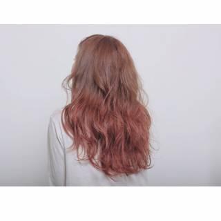 春 ピンク ストリート グラデーションカラー ヘアスタイルや髪型の写真・画像