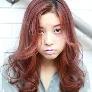 簡単ヘアアレンジ ラベンダーピンク ナチュラル インナーカラー ヘアスタイルや髪型の写真・画像 ヘアスタイルや髪型の写真・画像
