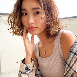 アンニュイほつれヘア デジタルパーマ 大人ミディアム ストリート ヘアスタイルや髪型の写真・画像