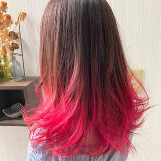 大人かわいい ラベンダーピンク ミディアム インナーカラー ヘアスタイルや髪型の写真・画像