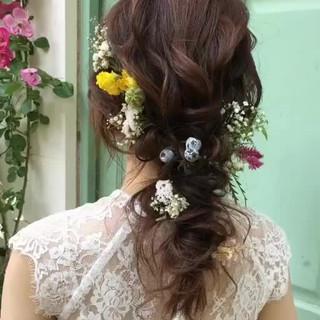 大人かわいい 結婚式ヘアアレンジ ゆるナチュラル フェミニン ヘアスタイルや髪型の写真・画像