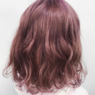 ピンク ガーリー ゆるふわ フェミニン ヘアスタイルや髪型の写真・画像