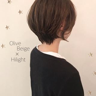 ゆるナチュラル ショートボブ ハイライト ショート ヘアスタイルや髪型の写真・画像