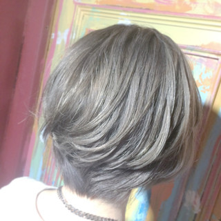グラデーションカラー 渋谷系 ハイトーン ショート ヘアスタイルや髪型の写真・画像