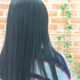 外国人風 グレー ロング 春 ヘアスタイルや髪型の写真・画像 ヘアスタイルや髪型の写真・画像