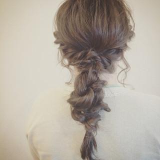 フェミニン 簡単ヘアアレンジ ゆるふわ 大人かわいい ヘアスタイルや髪型の写真・画像