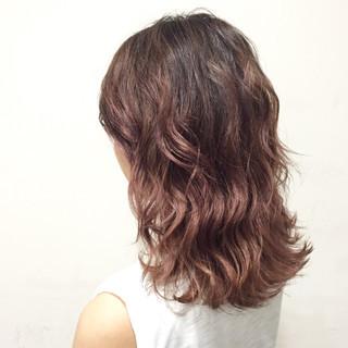 ピンクアッシュ ガーリー ミディアム ラベンダーピンク ヘアスタイルや髪型の写真・画像