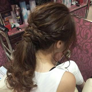 ポニーテール ロング 編み込み ナチュラル ヘアスタイルや髪型の写真・画像 ヘアスタイルや髪型の写真・画像