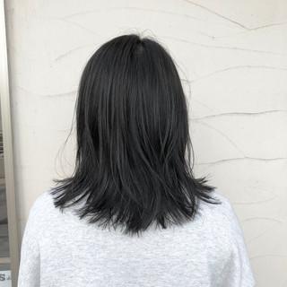 アウトドア ミディアム デート 黒髪 ヘアスタイルや髪型の写真・画像