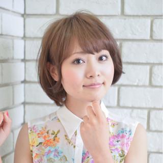 小顔 大人かわいい ショートボブ ナチュラル ヘアスタイルや髪型の写真・画像