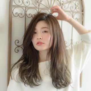 大人かわいい 暗髪 グラデーションカラー ロング ヘアスタイルや髪型の写真・画像