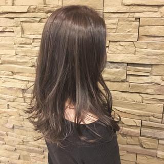 冬 ミディアム ナチュラル 暗髪 ヘアスタイルや髪型の写真・画像
