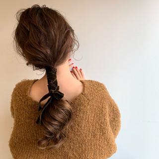 ショートヘア フェミニン ミニボブ ロング ヘアスタイルや髪型の写真・画像