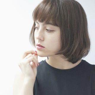 大人かわいい ショートボブ ショートバング 外国人風 ヘアスタイルや髪型の写真・画像