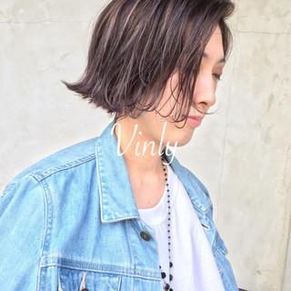 ショート アウトドア ナチュラル 透明感 ヘアスタイルや髪型の写真・画像