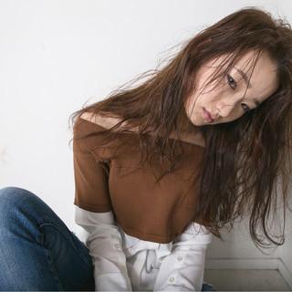 パーマ ロング 外国人風 モード ヘアスタイルや髪型の写真・画像