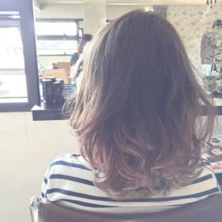 大人かわいい ミディアム グラデーションカラー ストリート ヘアスタイルや髪型の写真・画像