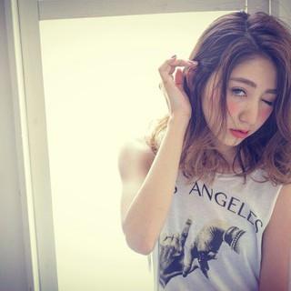 パーマ 外国人風 アッシュ 大人かわいい ヘアスタイルや髪型の写真・画像