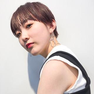 ショート カジュアル モード 韓国ヘア ヘアスタイルや髪型の写真・画像