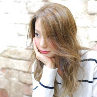 ハイライト グラデーションカラー 渋谷系 コンサバ ヘアスタイルや髪型の写真・画像
