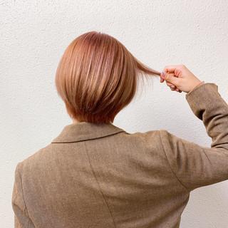ガーリー ボブ ブリーチ 小顔ショート ヘアスタイルや髪型の写真・画像