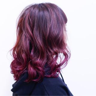 ブリーチ ダブルカラー ストリート ミディアム ヘアスタイルや髪型の写真・画像
