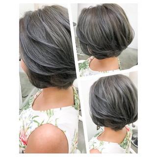 アッシュグレージュ グレージュ 外国人風カラー ナチュラル ヘアスタイルや髪型の写真・画像