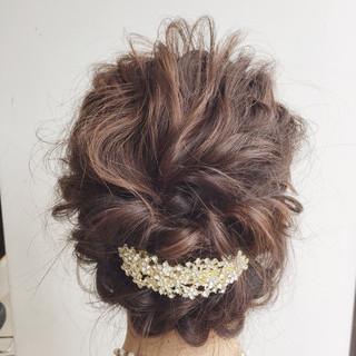 波ウェーブ ヘアアレンジ フェミニン セミロング ヘアスタイルや髪型の写真・画像