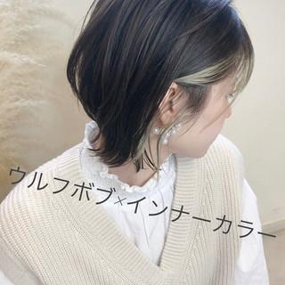ショートボブ ナチュラル ショート アンニュイほつれヘア ヘアスタイルや髪型の写真・画像
