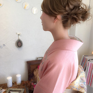 ミディアム 上品 結婚式 着物 ヘアスタイルや髪型の写真・画像 ヘアスタイルや髪型の写真・画像