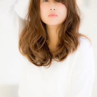 ゆるふわ ロング モテ髪 ガーリー ヘアスタイルや髪型の写真・画像