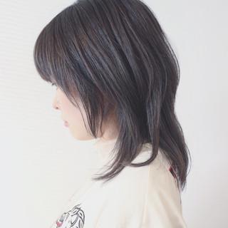 セミロング ウルフカット アッシュグレージュ 外国人風カラー ヘアスタイルや髪型の写真・画像
