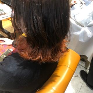ボブ オレンジ 裾カラー 切りっぱなしボブ ヘアスタイルや髪型の写真・画像