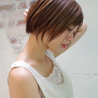 ハイライト アッシュ ワイドバング ウェットヘア ヘアスタイルや髪型の写真・画像