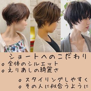 ショートヘア ベリーショート ショートボブ インナーカラー ヘアスタイルや髪型の写真・画像