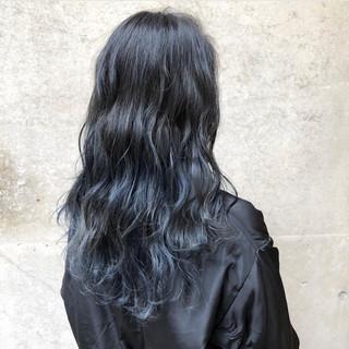 グラデーションカラー 外国人風カラー ネイビー バレイヤージュ ヘアスタイルや髪型の写真・画像
